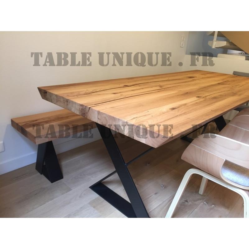 vendu table artisanale en ch ne massif table unique. Black Bedroom Furniture Sets. Home Design Ideas