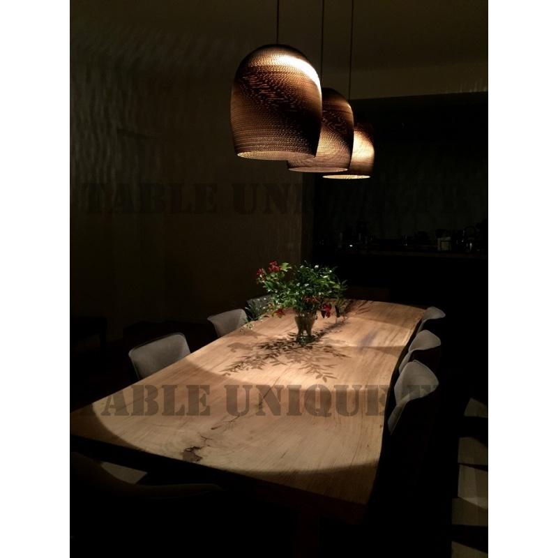 vendu table en tranche d arbre de ch ne massif table unique. Black Bedroom Furniture Sets. Home Design Ideas