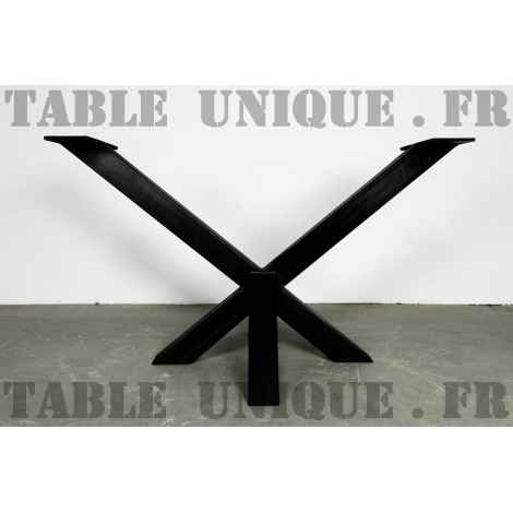 Pied de table central en acier