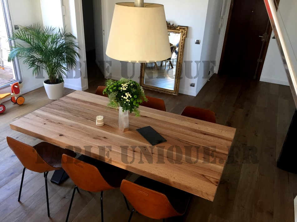 Table de salle manger contemporaine vendu 1090 euros for Table de salle a manger contemporaine