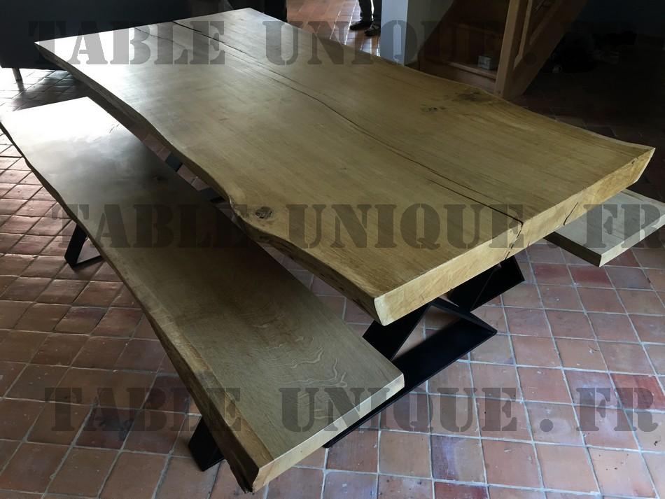 table de salle à manger en bois brut massif 3