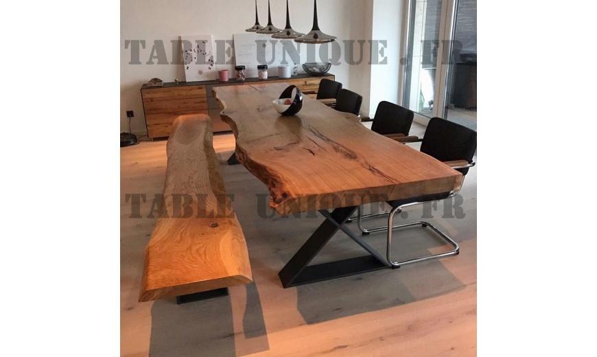 table de salle manger en tranche d 39 arbre de ch ne vendu. Black Bedroom Furniture Sets. Home Design Ideas